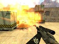 Скриншот: взрыв на de_dust2